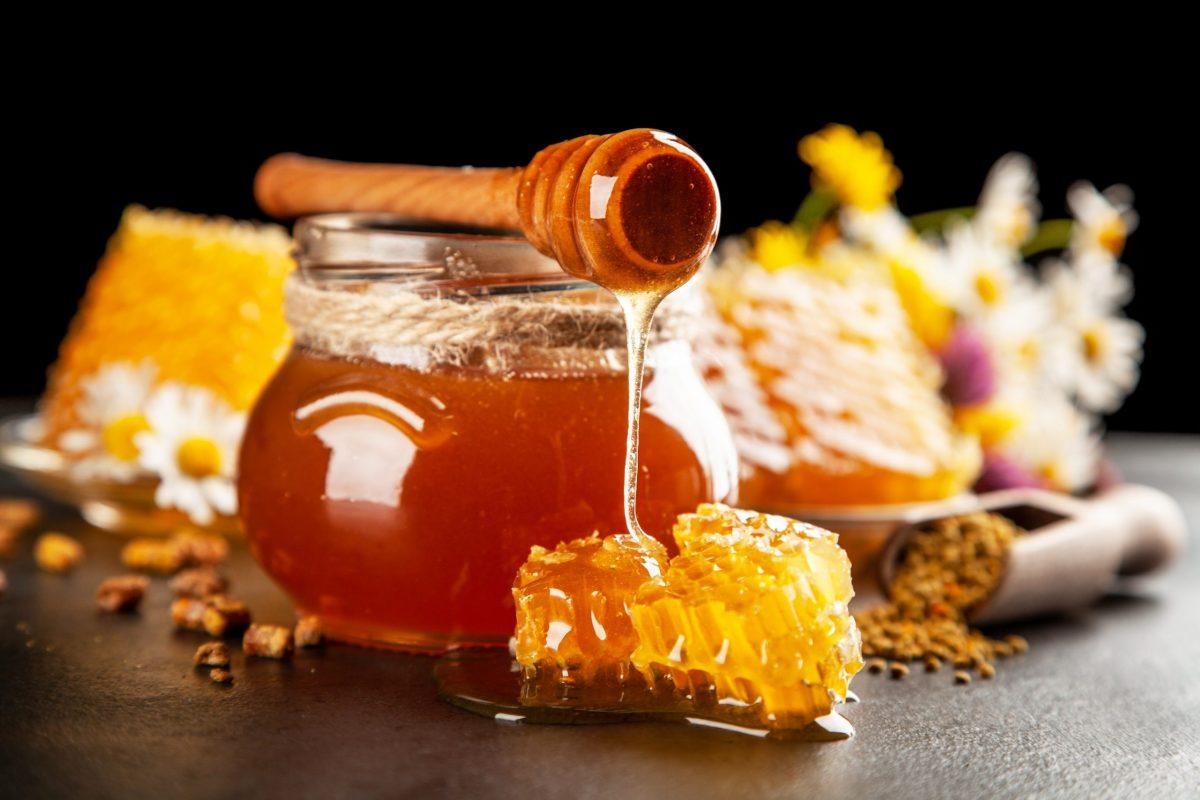 Miele, un vero e proprio antibiotico naturale